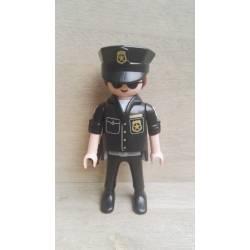 PO002 POLICÍA AMERICANO