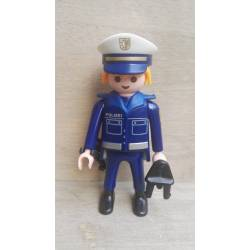 PO014 POLICÍA